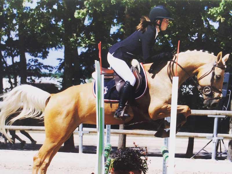 cheval-athena.jpg
